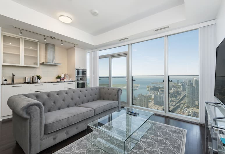 Diamond Vacation Homes - York Street, Toronto