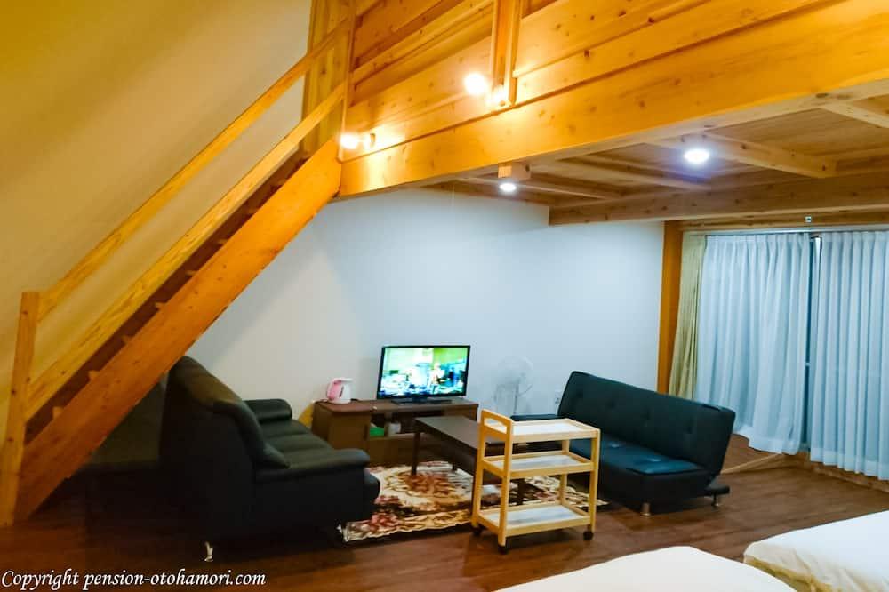 Kamar Standar, non-smoking (2 Semi Double Beds and 4 Extra Beds) - Kamar mandi