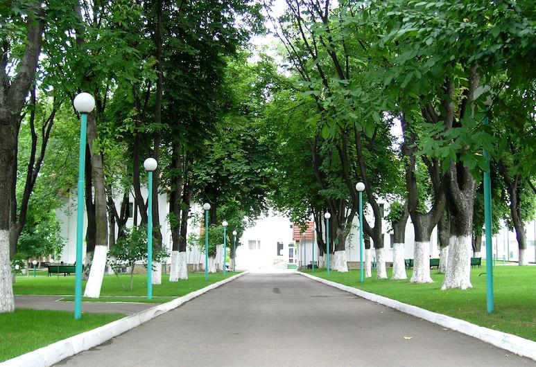 Zimbru Hotel, Chisinau, Property Grounds