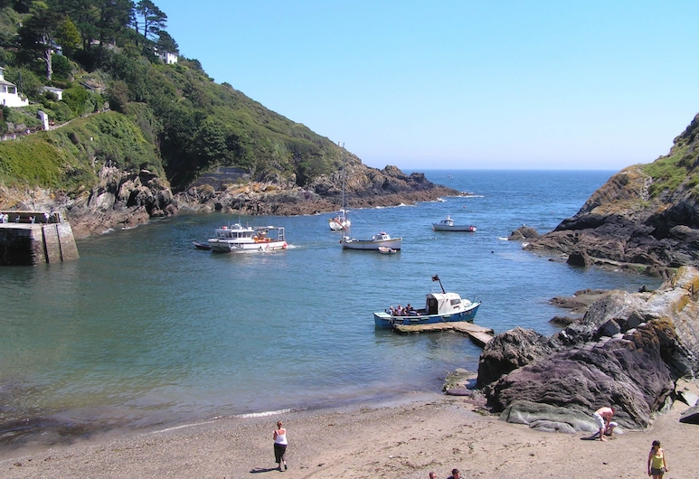 The Claremont Hotel - Adult Only, Looe, Beach