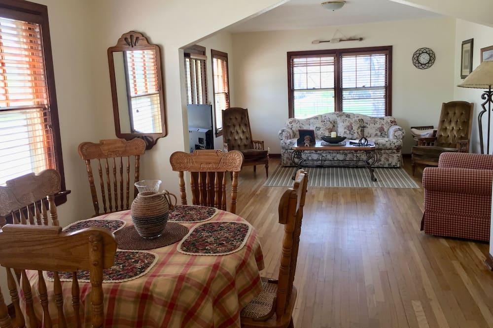 Cottage Classique, 2 chambres, dans les dépendances - Coin séjour