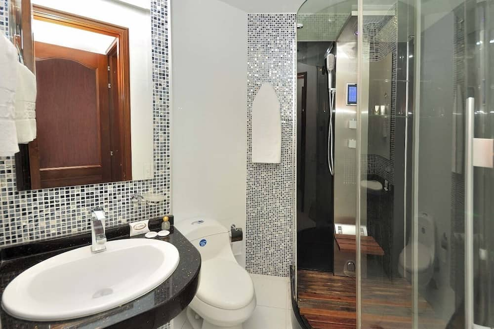 Executive Junior - Bathroom
