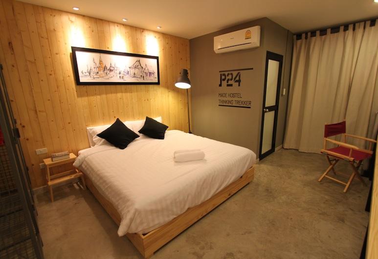 P24 アット カセート, バンコク