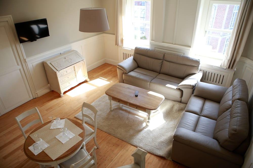 Duplex – luxury, kjøkken, utsikt mot byen - Oppholdsområde
