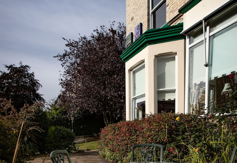 Raincliffe Hotel, Scarborough, Garden
