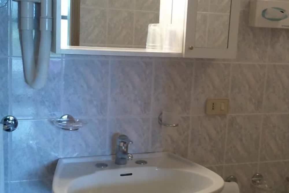 開放式客房, 附屬樓 - 浴室