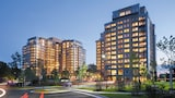 Choose This Business Hotel in Reston -  - Online Room Reservations
