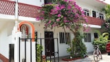 Book this Parking available Hotel in Barra de Navidad