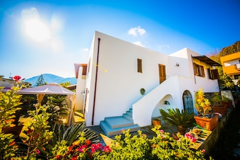 Picture of Casa Papiro B&B in Lipari