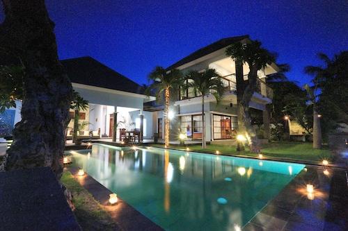 峇里布魯瑪琳酒店/