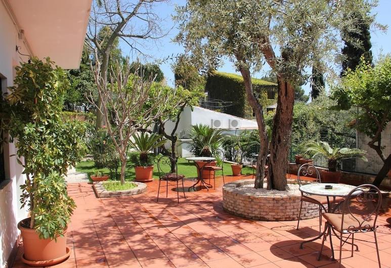 Taormina Garden Hotel, Taormina, Terraço/Pátio Interior
