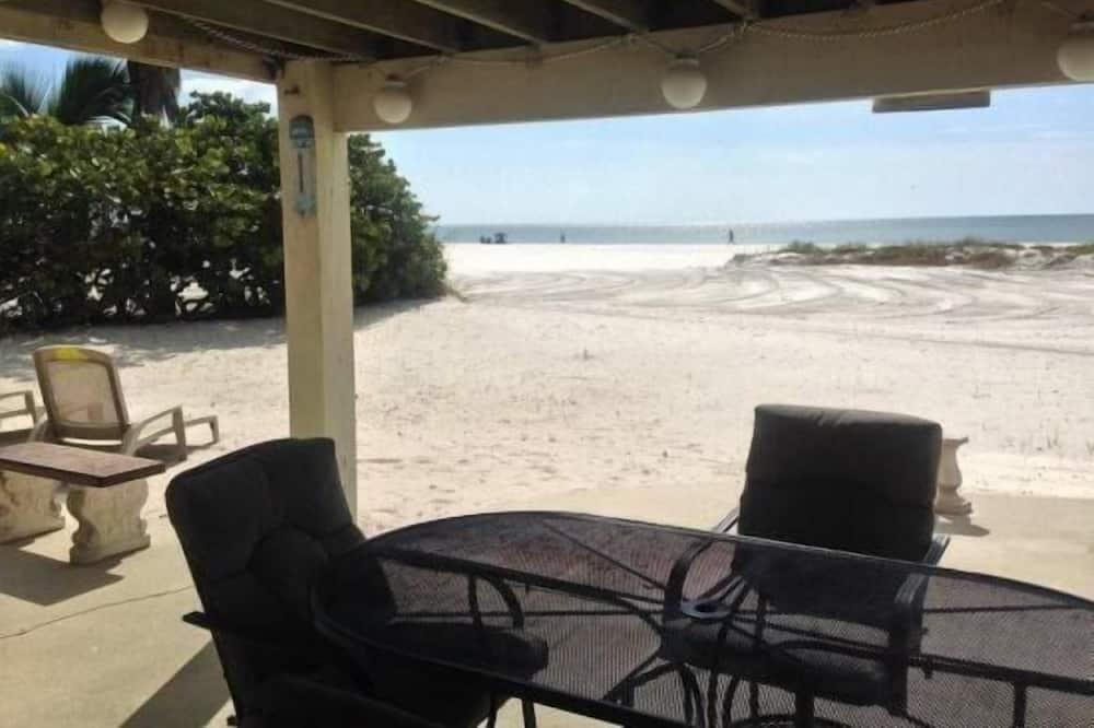 Luxury Apartment, 1 Bedroom, Non Smoking, Beach View - Terrace/Patio