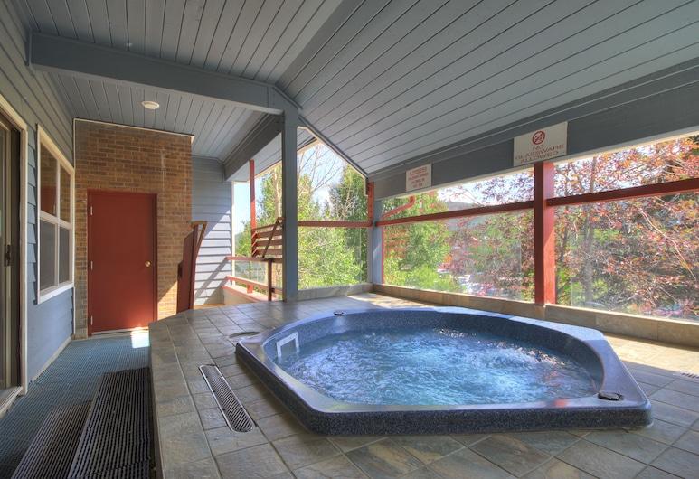 River Mountain Lodge by Breckenridge Hospitality, Breckenridge, Outdoor Spa Tub