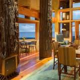 Люкс «Премиум», 2 спальни, вид на океан - Обед в номере