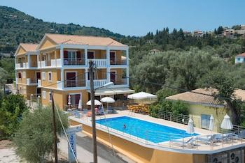 Picture of Summertime Inn in Lefkada