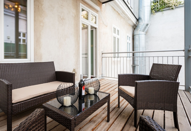 Operngasse Premium in Your Vienna, Wien, Premium-Apartment, 1 Schlafzimmer, barrierefrei, Balkon, Terrasse/Patio