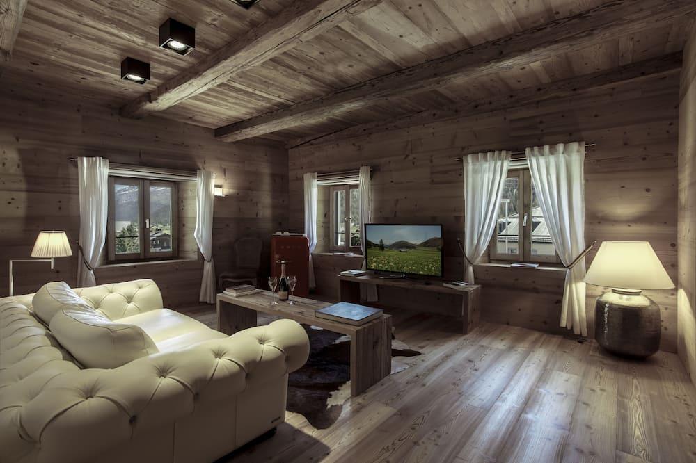 套房 (Colani Suite) - 客廳