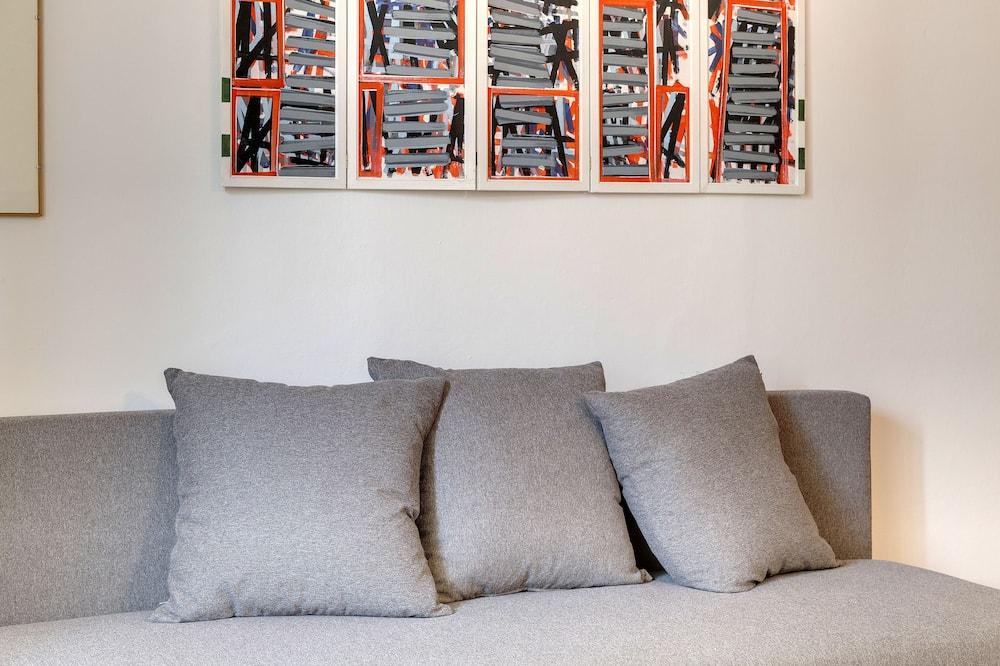 Standard-Apartment, 1 Schlafzimmer (3rd floor, stair access only) - Wohnbereich
