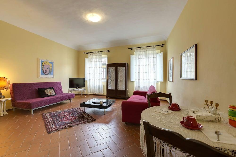 Superior-Apartment, 1 Schlafzimmer (3rd floor, stair access only) - Wohnbereich