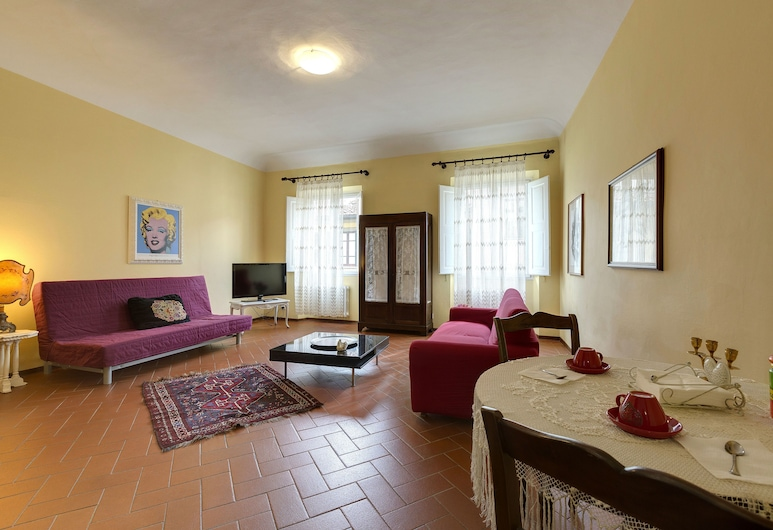 Residenza Brasca, Florence, Superior Apartment, 1 Bedroom (3rd floor, stair access only), Living Area
