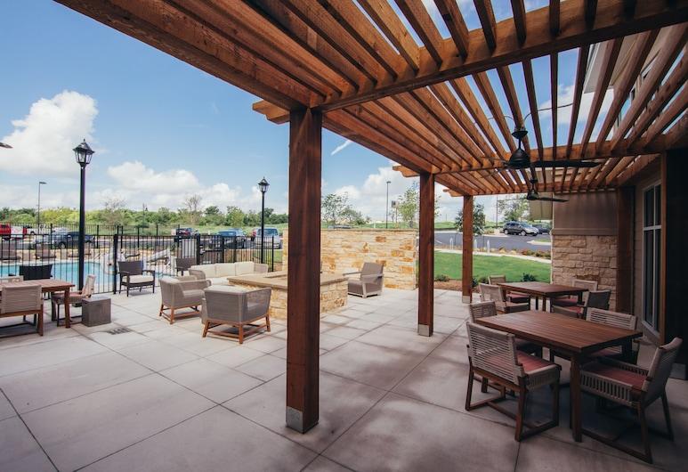 Residence Inn by Marriott Austin Airport, Austin, Terrace/Patio
