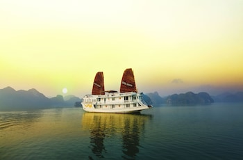 Picture of Rosa Cruise Halong in Halong