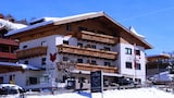 Choose This 3 Star Hotel In Saalbach-Hinterglemm