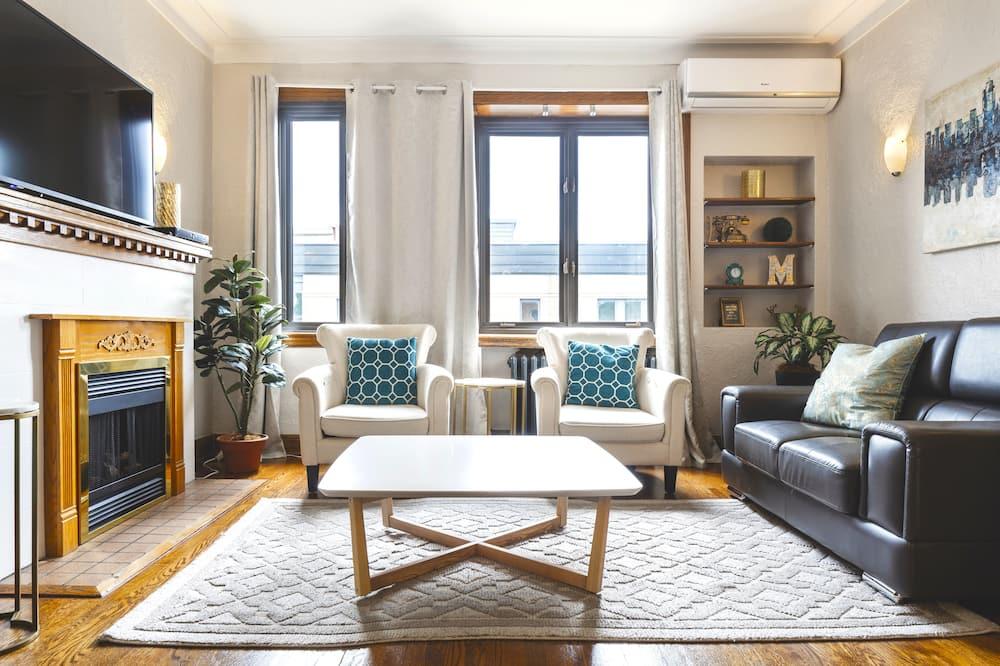 Rodinný apartmán, 3 ložnice, kuchyně - Obývací pokoj