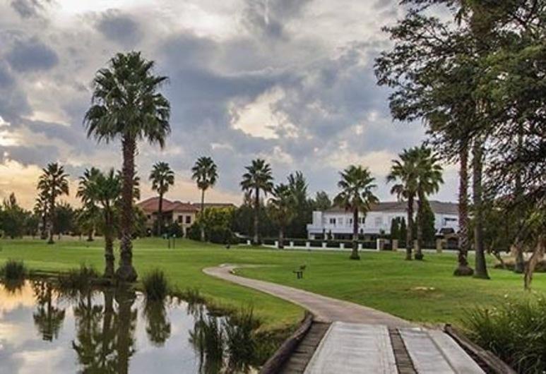 Casa Flora Guesthouse, Pretória, Golf