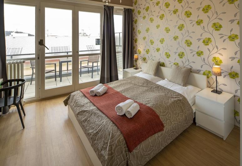 New Town - Apple Apartments, Praha, Štúdio typu Economy, 1 veľké dvojlôžko, balkón, Izba