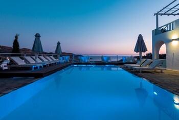 Gambar Far Out Hotel & Spa di Ios