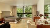 Choose This Luxury Hotel in Kifisia