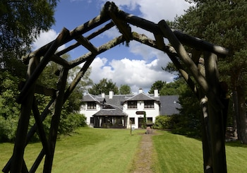 Picture of Factors Inn & Cottage in Fort William