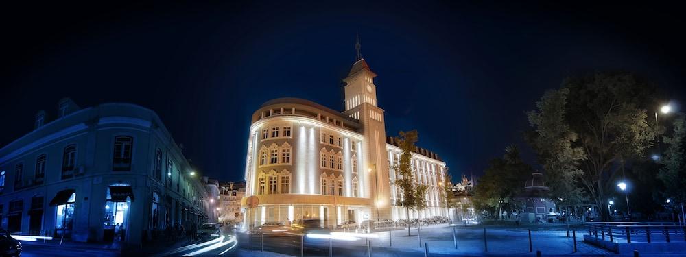 Lisbon Five Stars Apartments 8 Building Lisbon Info Photos Reviews Book At