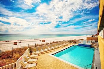 Picture of Emerald Isle Beach Resort by Panhandle Getaways in Panama City Beach