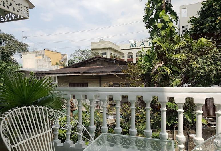La Casita Mercedes, Makati, Kamar Single, balkon, Balkon