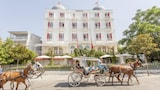 Hotel , Adalar
