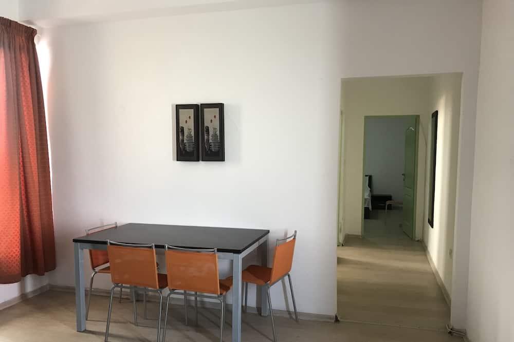 Apart Daire, 2 Yatak Odası, Küçük Mutfak, Plaj Manzaralı - Odada Yemek Servisi