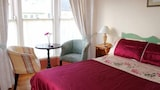 Hotels in Kilkee,Kilkee Accommodation,Online Kilkee Hotel Reservations