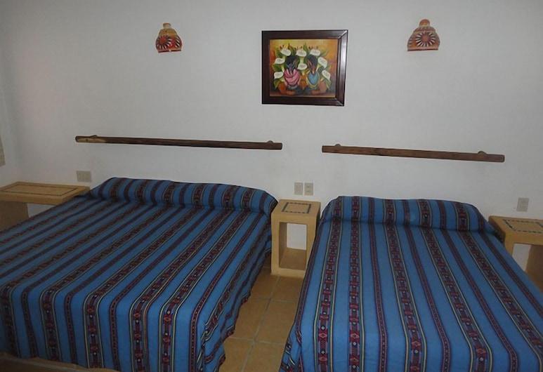 Villa El Arca, Zihuatanejo, Room