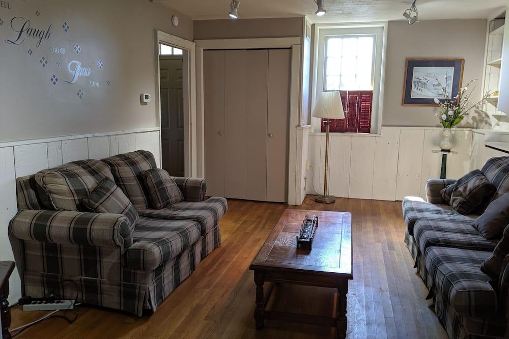 Rumah Keluarga - Ruang Keluarga