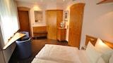 Imagen de Guest Room in Nagold 8987 1 Br home by RedAwning en Nagold