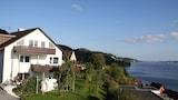 Foto av Vacation Apartment in Sipplingen 6430 2 Br apts by RedAwning i Sipplingen