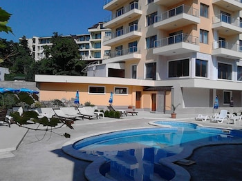 Picture of Golden House Apartments in Varna