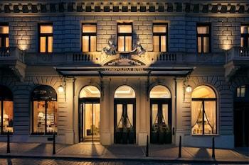 Picture of Cosmopolitan Hotel Prague in Prague