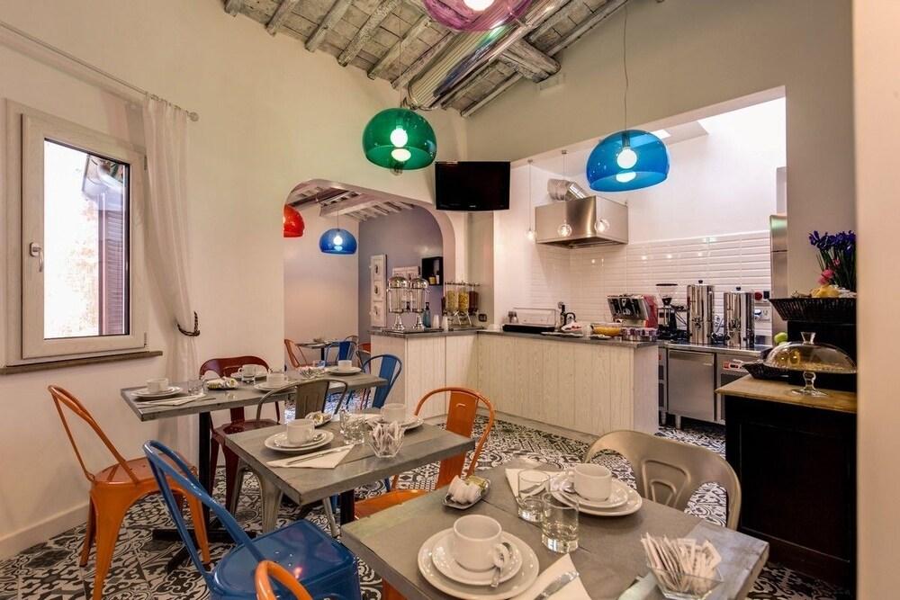 Parlamento boutique hotel roma italia hoteles en roma for Hoteles familiares en roma