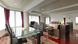 Choose this Apartment in Chatan - Online Room Reservations