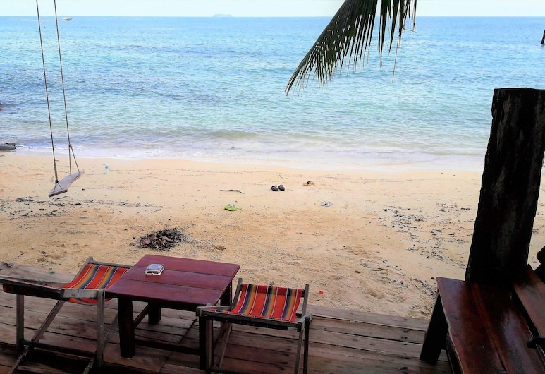 Jelly Fish Bungalow, Rayong, Deluxe Room Solitary Seaview , Terrace/Patio