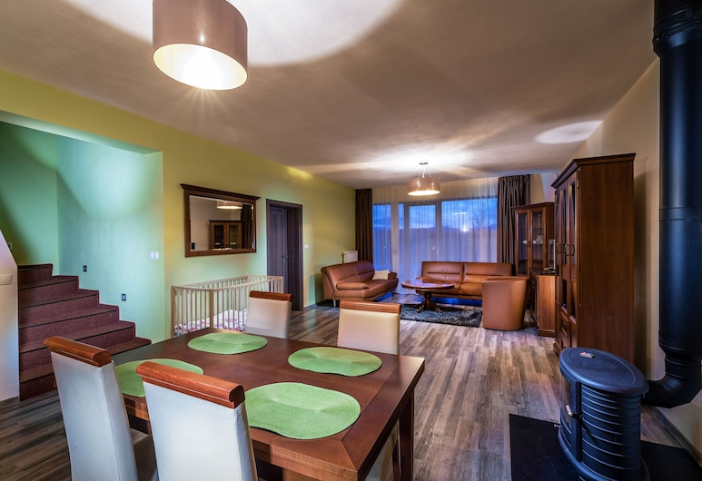 Apartments Ceresnovy Sad, Mengusovce, Apartmán typu Superior, terasa (B), Obývacie priestory