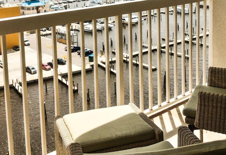 Margaritaville Resort Biloxi, Biloxi, Habitación estándar, 1 cama King size, balcón, Terraza o patio
